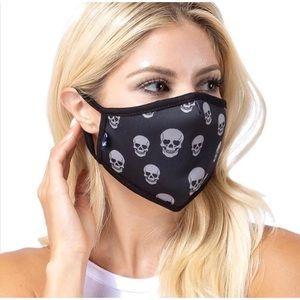 Accessories - Skulls Face Masks!